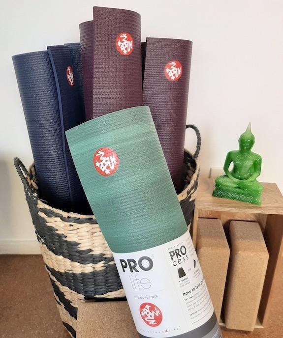 tapis yoga PVC anti-dérapant ecologique manduka