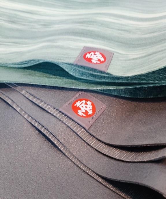 tapis yoga gomme naturelle anti-dérapant ecologique manduka